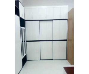 成都定制衣柜门_衣柜门哪里有_吸塑软包衣柜门图片