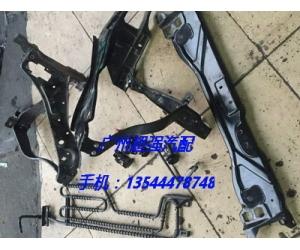 奔驰W212大灯支架 空调泵 三元催化 凸轮轴 皮带 机脚胶