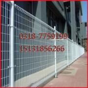 出口日本光伏电站隔离围栏15131856266光伏电场护栏网